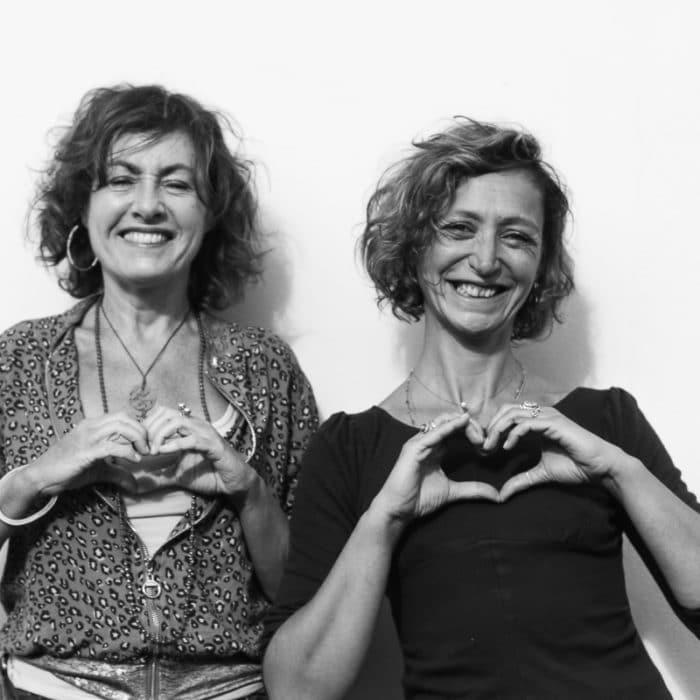 Caroline et Stéphanie animatrices de l'émission environnement atmosphère sur wave radio